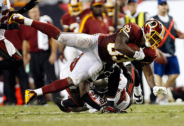 Fred Davis re-signs with the Redskins (USA Today Sports Images)
