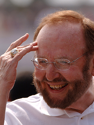Malcolm Glazer may be getting his footballs confused again. (Getty Images)