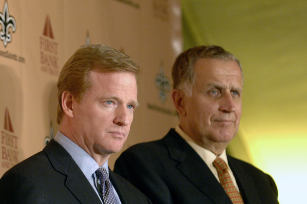 If Paul Tagliabue (r.) is doing Roger Goodell's bidding, he'll have to wait a bit longer to do it. (Getty Images)