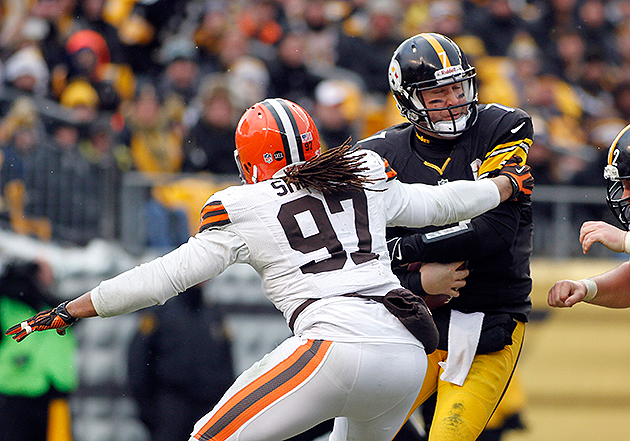 Jabaal Sheard is a bargain for the Browns (Getty Images)