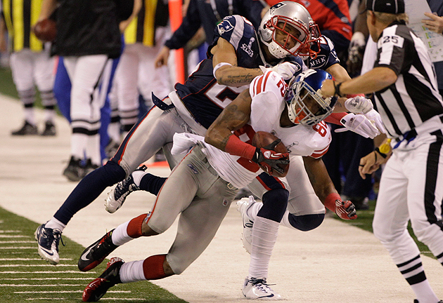 Mario Manningham makes the play of his life. (AP)