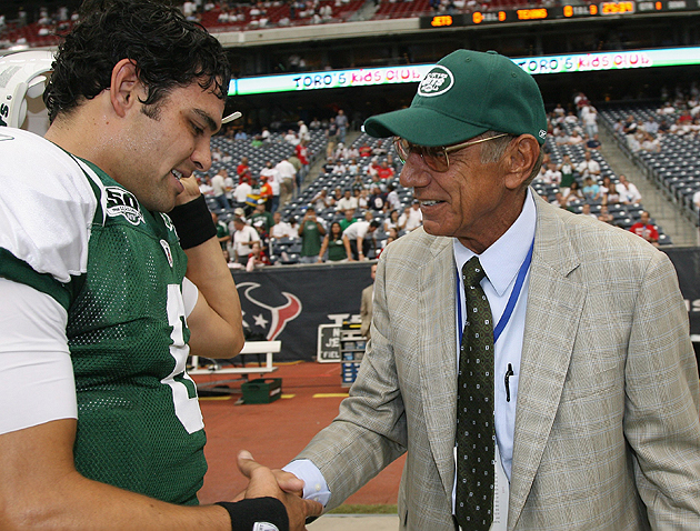 Looking for the best Jets QB ever? That's the guy on the right. (Getty Images)