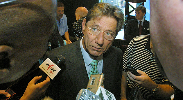 Few quarterbacks understand the media crush better than Namath. (AP)