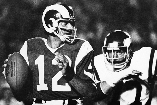 Joe Namath knows what it's like to go to that second team. (AP)