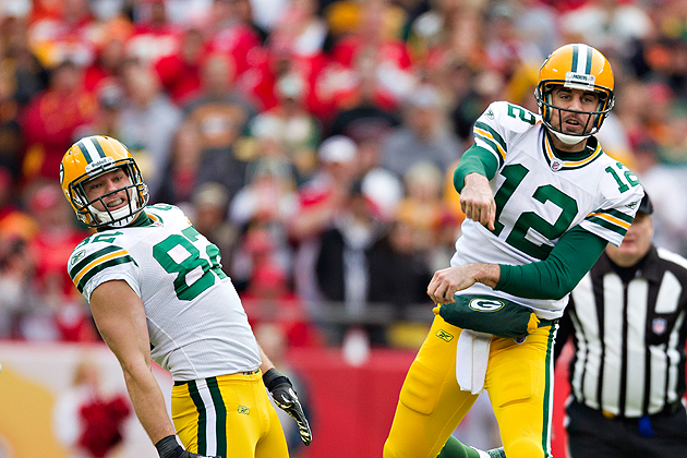 Even his teammates are amazed by Aaron Rodgers' exploits. (Getty Images)