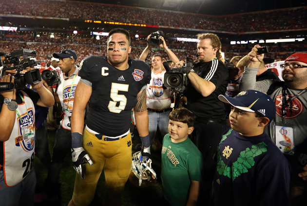 If Manti Te'o thought the media crush was bad before... (USAT SPORTS Images)