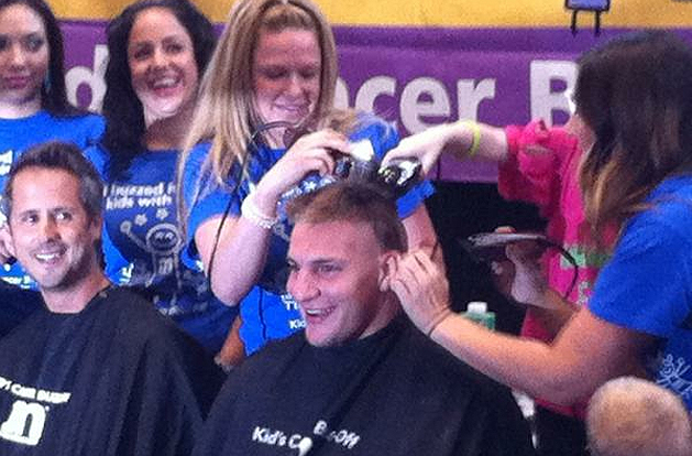 Gronk gets buzzed for a great cause. (@RobGronkowski)
