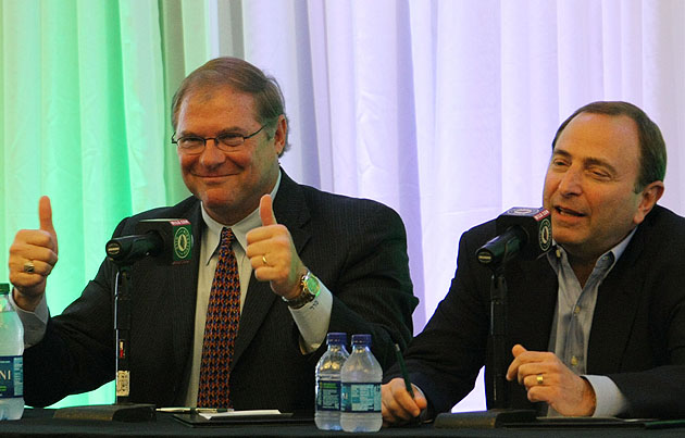 Craig Leipold and Gary Bettman