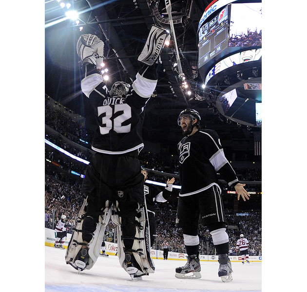 Puck Daddy's 10 most memorable hockey images of 2012