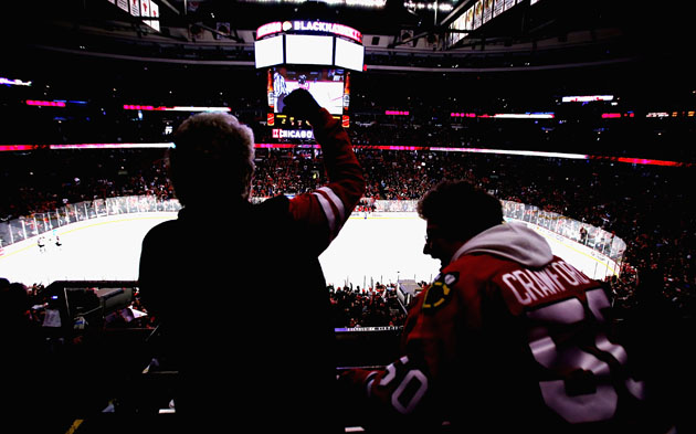 Blackhawks fan refuses to end NHL boycott despite Chicago's record streak