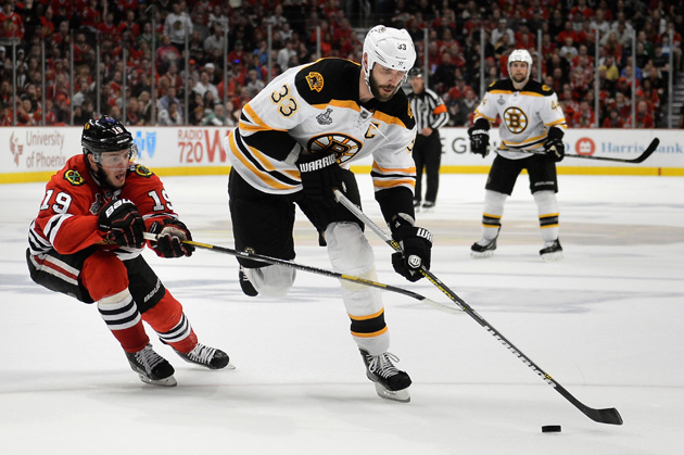 Patrick Kane: Blackhawks need to take it to Bruins in Game 3