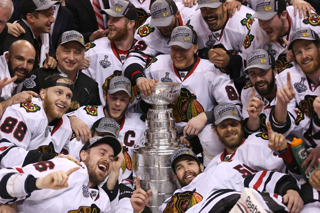 Blackhawks win Stanley Cup on Dave Bolland's third period goal (Video)