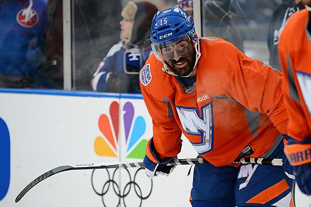 Islanders Yankee Stadium Skate: Cal Clutterbuck Has Gone For The War Paint Look With His Eye Black