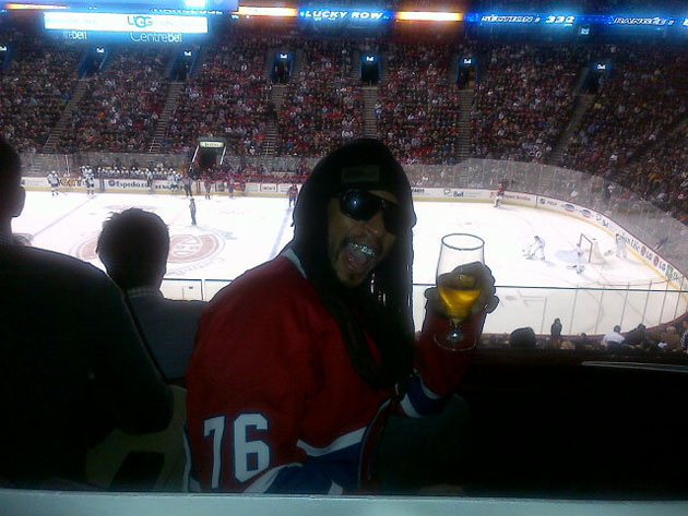 Li'l Jon takes in a Habs game