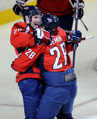 Washington Capitals hug - AP