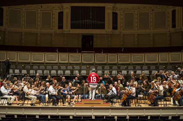 Chicago Symphony Orchestra salutes Blackhawks with 'Chelsea Dagger' performance (Video)