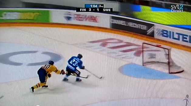 Sakari Salminen channels Patrik Stefan with empty-net miss, Finland hangs on for win (VIDEO)