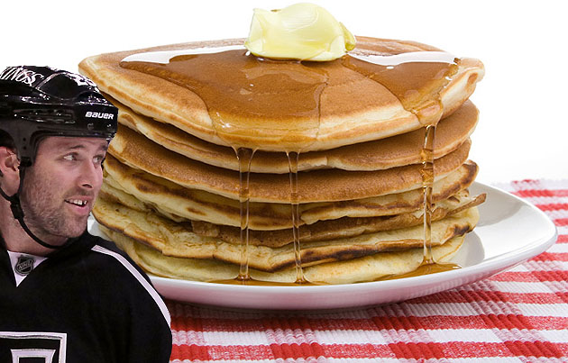Kings' Dustin Penner injures himself while eating a stack of delicious pancakes