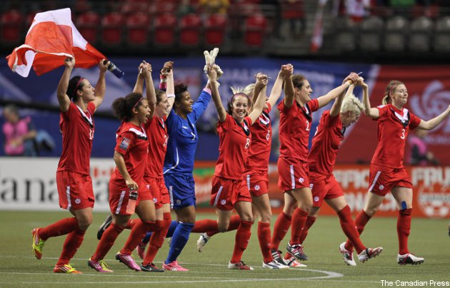 The Canadian team, seen celebrating after beating Mexico, faces the U.S. Sunday.