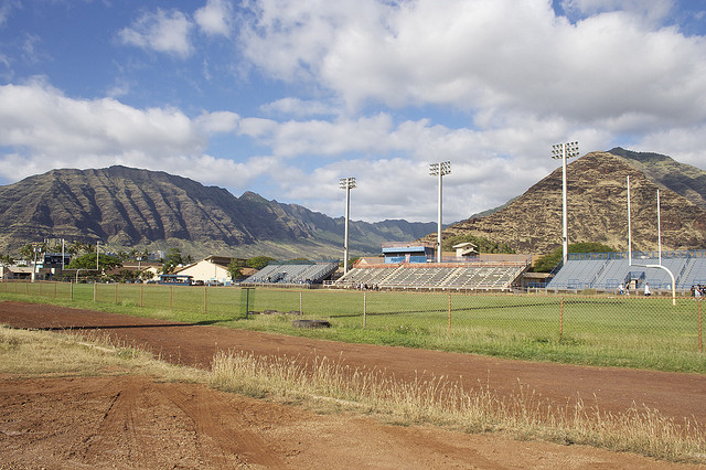 Friday Field of Dreams: Hawaii is prep football's tropical oasis