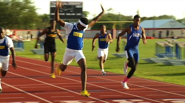 Trayvon Brommell became the first American prep runner to break 10 seconds in the 100 — Bay 9 News screengrab