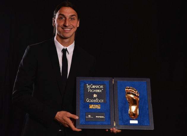 Zlatan displays his bounty. (Getty)