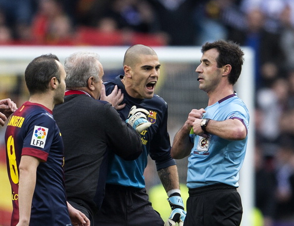 Victor Valdes experiences anger. (Getty)