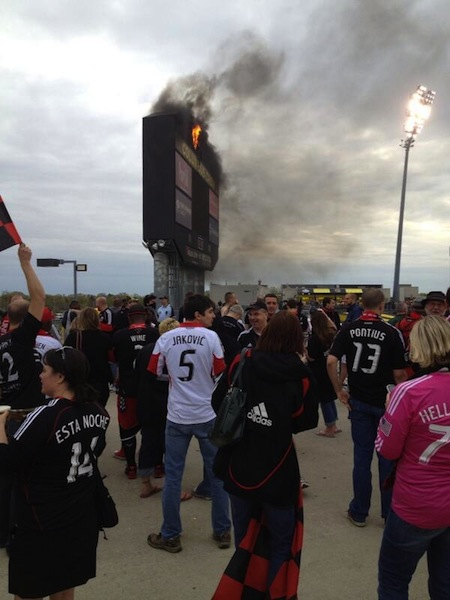 Alternate view as the fire raged. (Steven Goff/@SoccerInsider)