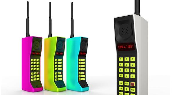 Handset will be up for pre-order on Kickstarter