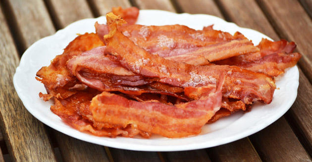 News of unavoidable bacon shortage clogs the arteries of Twitter's servers