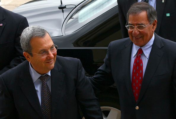 Defense Sec. Panetta welcomed Israel Def. Min. Barak to the Pentagon Sept. 19, 2011. (Win McNamee/Getty)