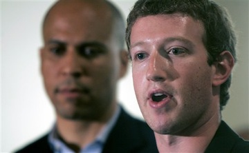 Zuckerberg and Newark Mayor Cory Booker (AP)