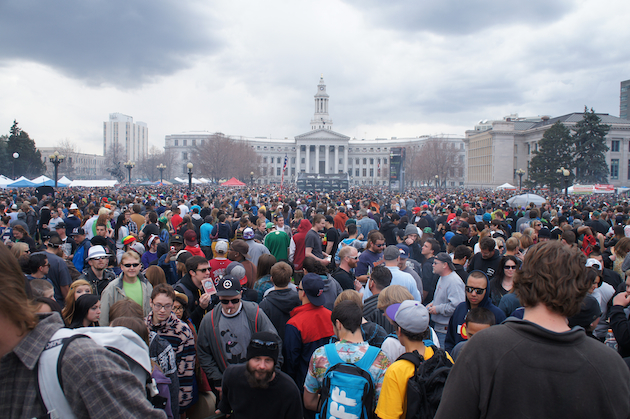 "Thousands of men and women celebrate the legalization of marijuana during a ""420"" event at Denver's Civic Center Park (Eric Pfeiffer/Yahoo News)"