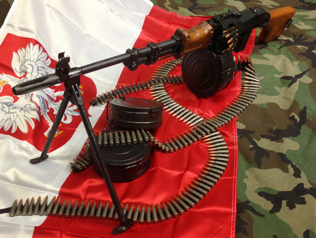 A semi-automatic version of a belt-fed heavy Polish machine gun. (@Gun_Collector)