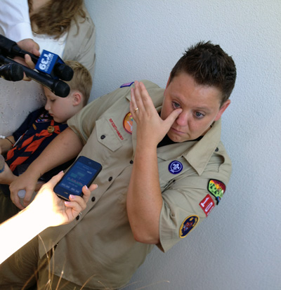 Jennifer Tyrrell wipes away tears after her Wednesday meeting with Boy Scouts officials. (Jason Sickles/Yahoo!)