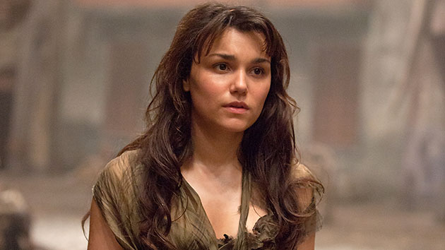 Samantha Barks in 'Les Miserables' (Photo: Universal Pictures)