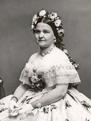 Former first lady Mary Todd Lincoln will get a new trial to decide whether she was actually insane. (Wikicommons)
