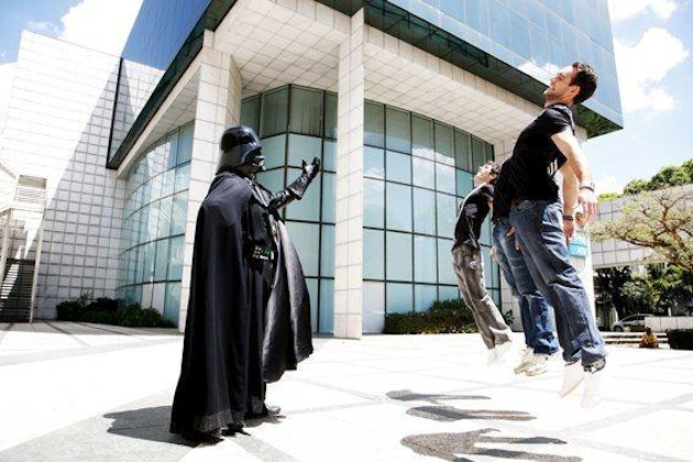 """Vadering"" is the Internet's latest photo meme (Jason Davis/@grimlock1985)"