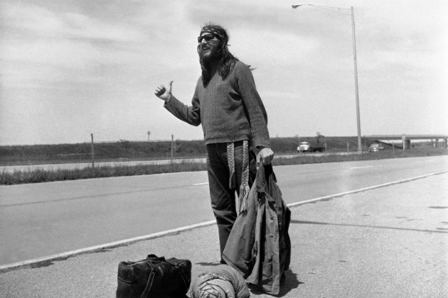 A hippie hitchhiking in 1971. (AP/File)
