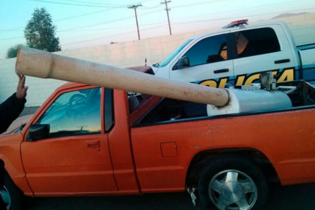 "The ""marijuana cannon"" (Mexicali Public Safety Department)"