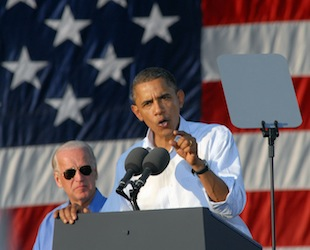 President Barack Obama and Vice President Joe Biden campaign together in late 2010 (William Thomas Cain/Getty Images)