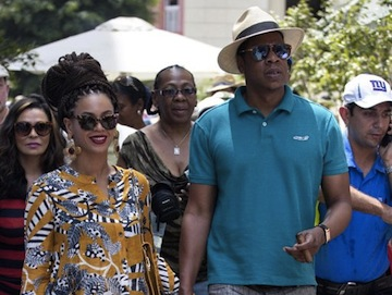 Beyoncé and Jay-Z in Cuba (Ramon Espinosa/AP)