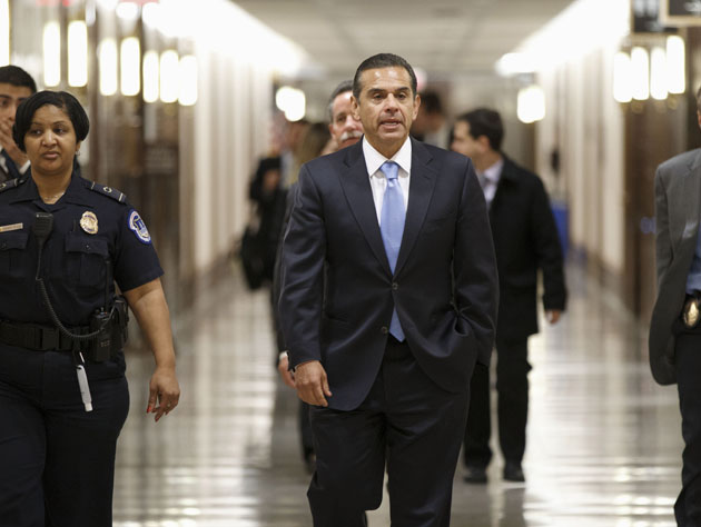 Los Angeles Mayor Antonio Villaraigosa walks on Capitol Hill in Washington, Wednesday, March 7, 2012. (J. Scott Applewhite/AP)