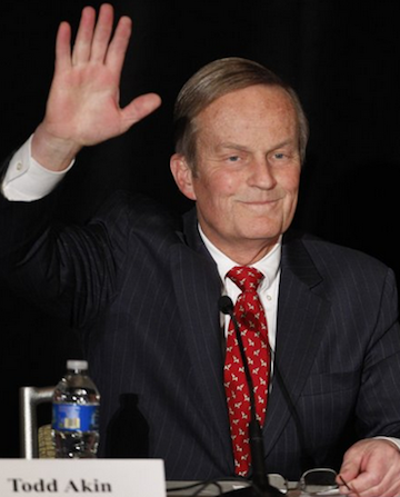 Senate candidate Rep. Todd Akin, R-Missouri, waves to the crowd. (Orlin Wagner/AP)