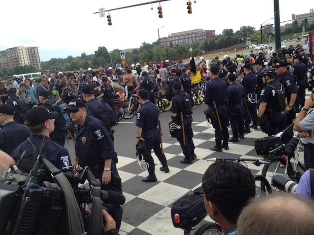 An Occupy protest shuts down traffic Tuesday. (Goodwin/Yahoo News)