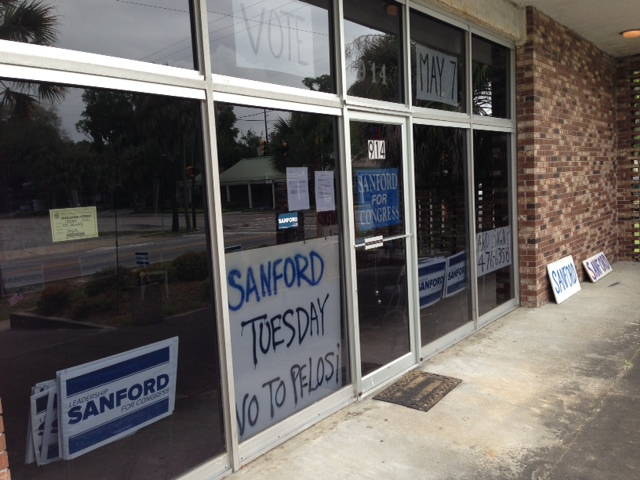 Storefront of Mark Sanford's headquarters in Beaufort, S.C. (Chris Moody/Yahoo News)