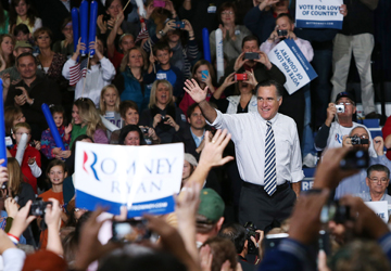 Mitt Romney in Des Moines (Justin Sullivan/Getty Images)