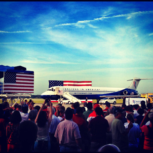 Romney's new plane (Holly Bailey/Yahoo News)