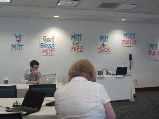 Romney call center in Tempe, Ariz. (Chris Wilson/Yahoo News)