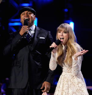 LL Cool J and Taylor Swift perform